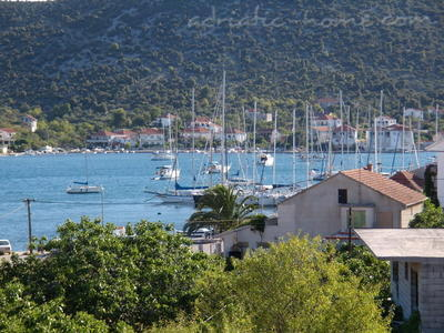 "Apartment Pearl ""B"", Vinišće, Croatia - photo 2"