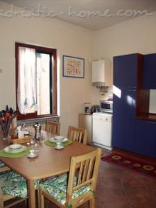 Apartment Trastevere, Roma, Italy - photo 4