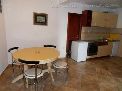 Apartments Vila Luka III, Pržno, Montenegro - photo 2