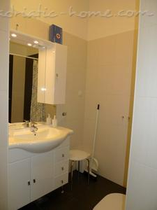 Studio apartment CENTAR II, Zagreb, Croatia - photo 9