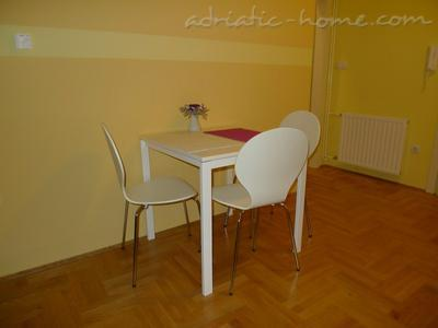 Studio apartment CENTAR II, Zagreb, Croatia - photo 4