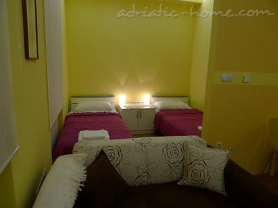 Studio apartment CENTAR II, Zagreb, Croatia - photo 5