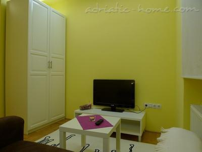Studio apartment CENTAR II, Zagreb, Croatia - photo 2