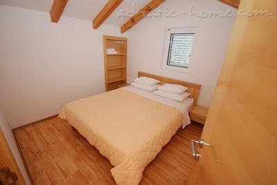 Apartments SPRINGS - DUPLEX****, Pržno, Montenegro - photo 4