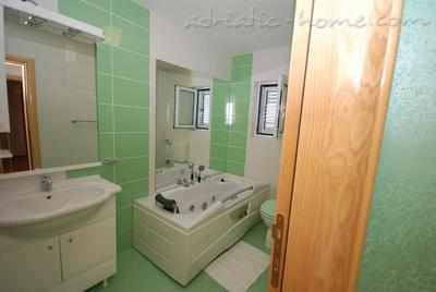Apartments SPRINGS - GREEN****, Pržno, Montenegro - photo 5