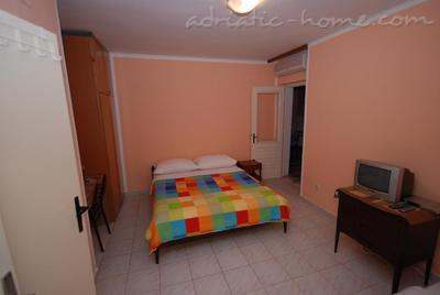 Apartments SPRINGS - ORANGE****, Pržno, Montenegro - photo 4