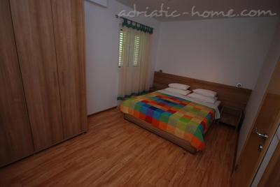 Apartments SPRINGS - RED ****, Pržno, Montenegro - photo 4
