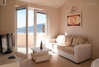 Apartments SUNSET PLUS, Herceg Novi, Montenegro - photo 5