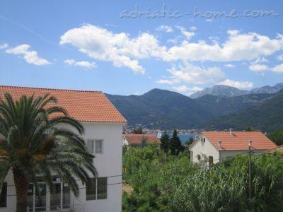 Studio apartment DOŠLJAK DRAGAN STUDIO I, Tivat, Montenegro - photo 1