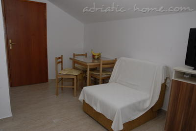Studio apartment DOŠLJAK DRAGAN STUDIO I, Tivat, Montenegro - photo 6
