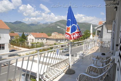 Studio apartment DOŠLJAK DRAGAN STUDIO I, Tivat, Montenegro - photo 10