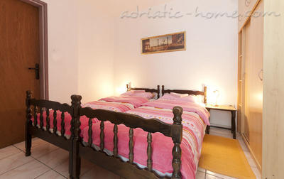Studio apartment JELIC I , Herceg Novi, Montenegro - photo 2
