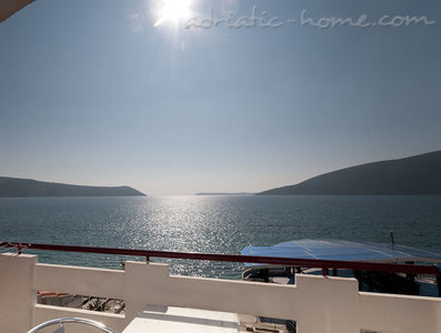 Studio apartment JELIC III , Herceg Novi, Montenegro - photo 1