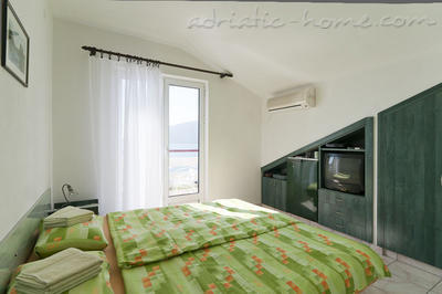 Studio apartment JELIC IV , Herceg Novi, Montenegro - photo 1