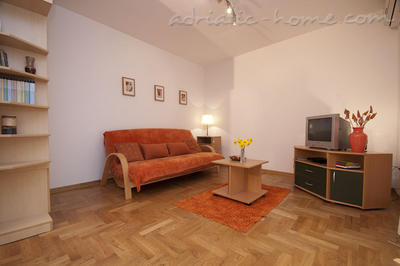 Apartments  Two bedroom apt JELIC, Herceg Novi, Montenegro - photo 2