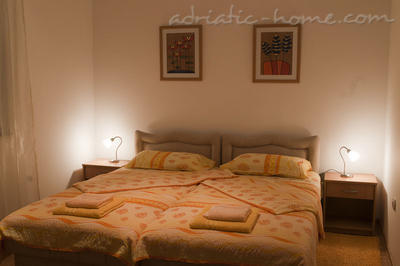 Apartment JELIC, Herceg Novi, Montenegro - photo 5