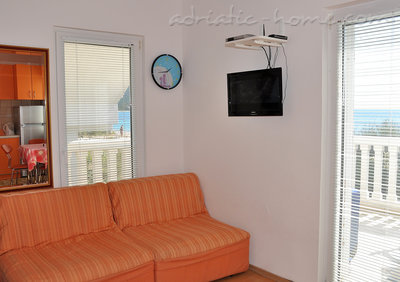 Studio apartment VILA MARIJA, Petrovac, Montenegro - photo 4