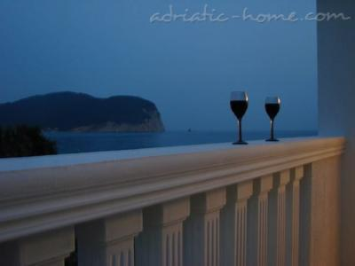 Studio apartment VILA MARIJA, Petrovac, Montenegro - photo 10