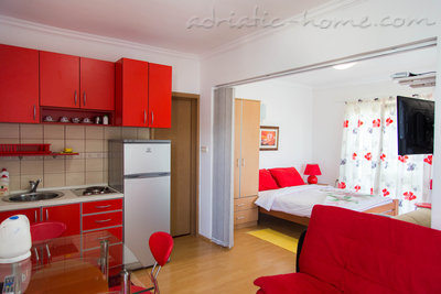 Studio apartment VILA MARIJA III, Buljarica, Montenegro - photo 1