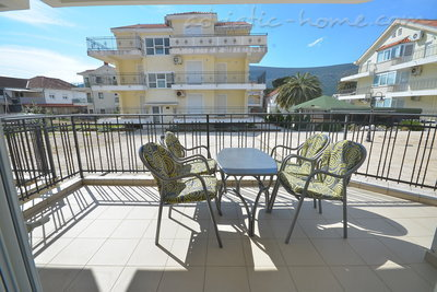 Apartments LUX BROTHERS VOJVODIĆ , Herceg Novi, Montenegro - photo 13