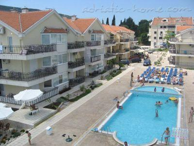 Apartments LUX BROTHERS VOJVODIĆ II, Herceg Novi, Montenegro - photo 3