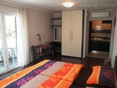 Studio apartment Logoš 3, Cavtat, Croatia - photo 3