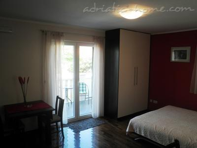 Studio apartment Logoš 5, Cavtat, Croatia - photo 3