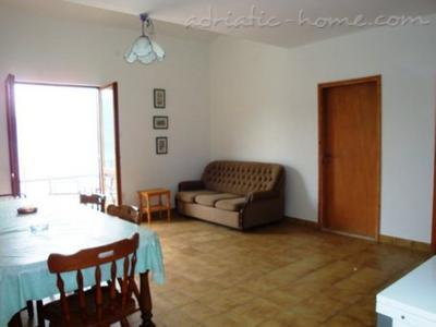 Appartementen MALE (small) ROSE, 2 BEDROOMS AP., Luštica, Montenegro - foto 6
