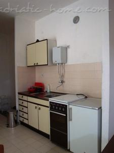 Apartments MALE (small) ROSE, ONE BEDROOM APP., Luštica, Montenegro - photo 3