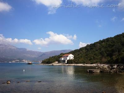Apartments MALE (small) ROSE, ONE BEDROOM APP., Luštica, Montenegro - photo 2