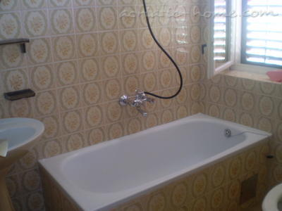 Studio apartment Barbat , Rab, Croatia - photo 4