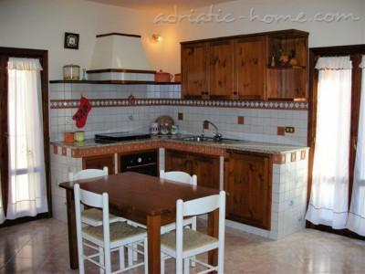 Apartment San Domenico House, Ragusa , Italy - photo 3