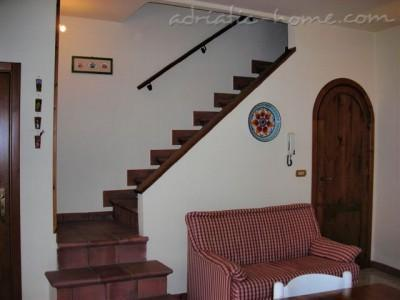Apartment San Domenico House, Ragusa , Italy - photo 5