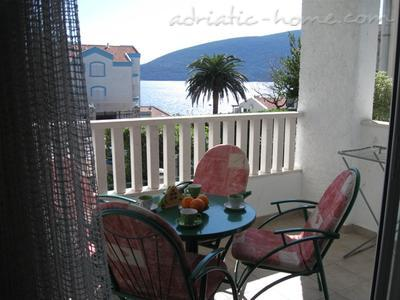 Apartments MILIĆEVIĆ, Herceg Novi, Montenegro - photo 1