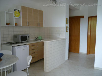 Apartments MILIĆEVIĆ, Herceg Novi, Montenegro - photo 5