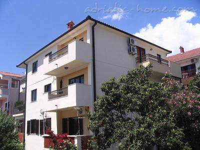 Studio apartment KONJEVIĆ III ****, Herceg Novi, Montenegro - photo 11