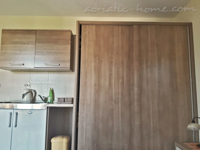 Studio apartment KONJEVIĆ III ****, Herceg Novi, Montenegro - photo 6