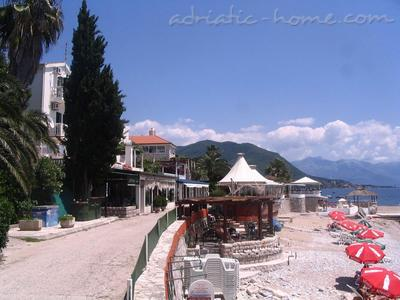 Studio apartment KONJEVIĆ III ****, Herceg Novi, Montenegro - photo 12