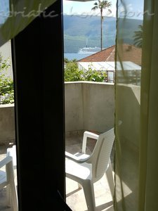 "Apartments AMFORA - ""Maslina"" ****, Herceg Novi, Montenegro - photo 10"