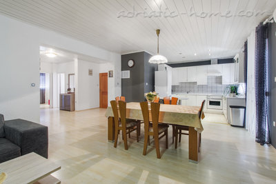 Apartments ZORKA, Vodice, Croatia - photo 4