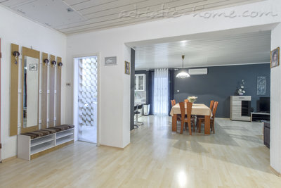 Apartments ZORKA, Vodice, Croatia - photo 5
