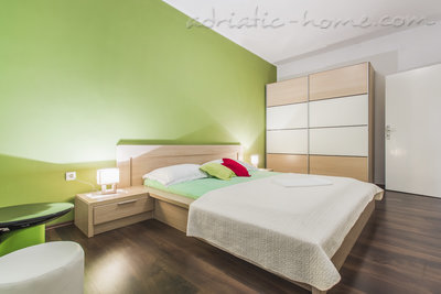 Apartments ZORKA II, Vodice, Croatia - photo 4