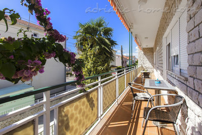 Apartments ZORKA II, Vodice, Croatia - photo 8