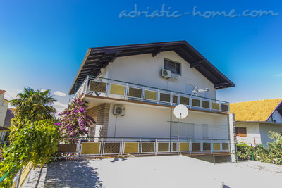 Apartments ZORKA II, Vodice, Croatia - photo 12