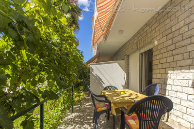 Apartments ZORKA III, Vodice, Croatia - photo 11
