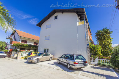 Apartments ZORKA III, Vodice, Croatia - photo 12
