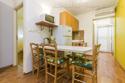 Apartments ZORKA V, Vodice, Croatia - photo 4