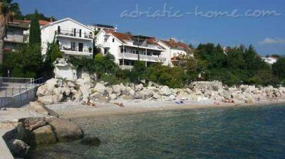 Apartments LUX, Herceg Novi, Montenegro - photo 2