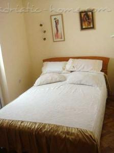 Studio apartment LUX III, Herceg Novi, Montenegro - photo 5