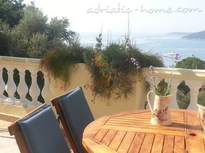 Appartementen Herceg Novi - Delux two bedroom apartment with huge terrace and  sea view, Herceg Novi, Montenegro - foto 2